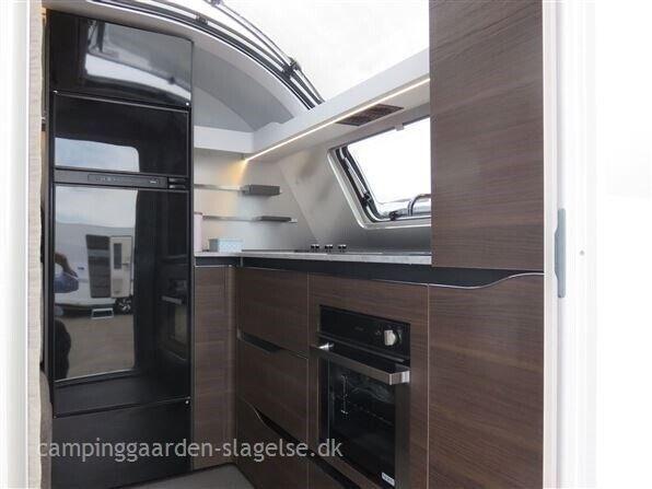 Adria Alpina 663 HT, 2022, kg egenvægt 1710