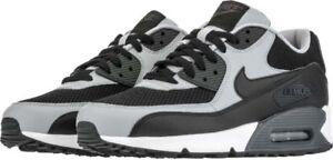 Men-039-s-Nike-Air-Max-90-Essential-Chaussures-De-Course-Gris-Noir-WHT-New-in-Box-8-12-537384-053