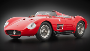 CMC EXCLUSIVE MODELLE 1 18 SCALE MASERATI 300S 1956 - RED