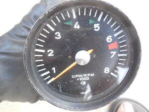 Porsche-911-Tachometer-VDO-date-stamped-10-70-C-G101