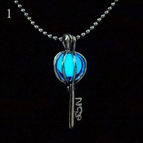 Gem Bleu Vintage Bijoux Médaillon Collier Pendentif Lumineux Glow in the Dark
