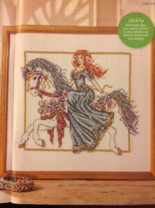 (a) Medieval Maiden Sur Cheval Par Shannon Wasilieff Cross Stitch Chart-afficher Le Titre D'origine