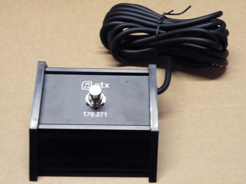 QTX Music Latching Foot Pedal Switch Guitar Keyboard Effects Group 170.271   8T1