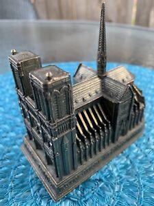 Vintage-Brass-Notre-Dame-Authentic-Reproduction-Paris-Travel-Memorabilia