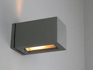 Applique esterno grigio doppia luce moderno quadrato g alluminio