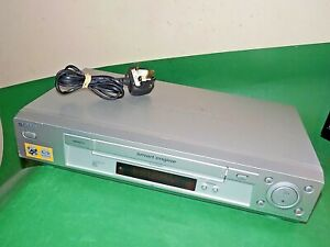 Sony-Vcr-Vhs-Video-Grabadora-De-Cassette-Vintage-SLV-SE730-Plata-inteligente-Totalmente-probado