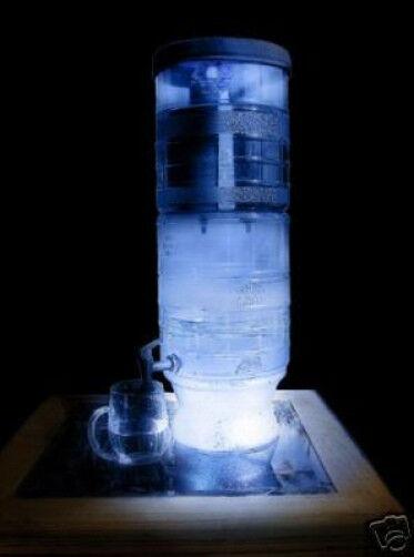Berkey Lumière Purificateur D'eau Système DEL Blanc Lumières avec 4 Noir Berkey éléments