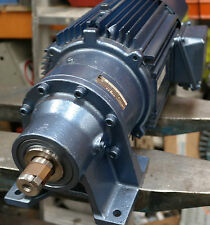 Sumitomo Cyclo 1.5kW Electric Motor Gearbox Straight Drive 95RPM Gear-motor