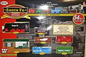 Classic-Santa-Fe-Locomotive-Train-Set-Lights-Sound-54pc-Station-5-Cars-Box-Dents