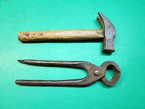 antico-martello-e-tenaglia-C-12