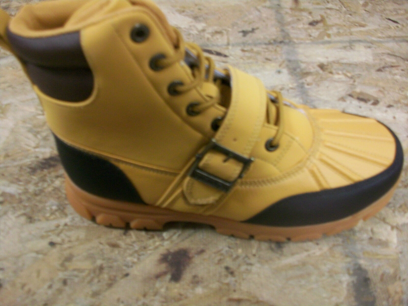 New Men's Vikings Amarillo High Wheat/Black Ankle Boots Size 9.5 Brand New!