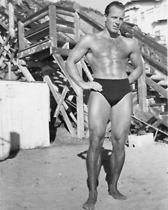 316ea2d4a6 Vtg B&W 1940s -1950s Muscle Beach Venice Beach Body Builder Gay ...