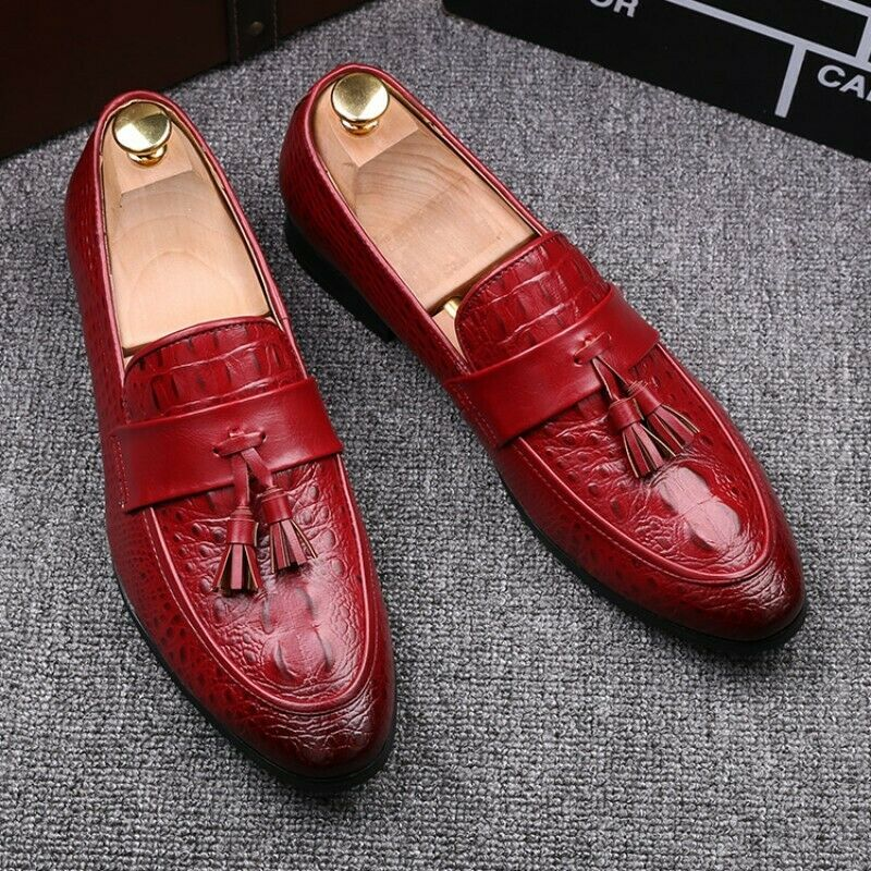 2019 Mens Tassel Solid Oxford Fltas Bussiness Slip On Pointy Toe Brogue shoes