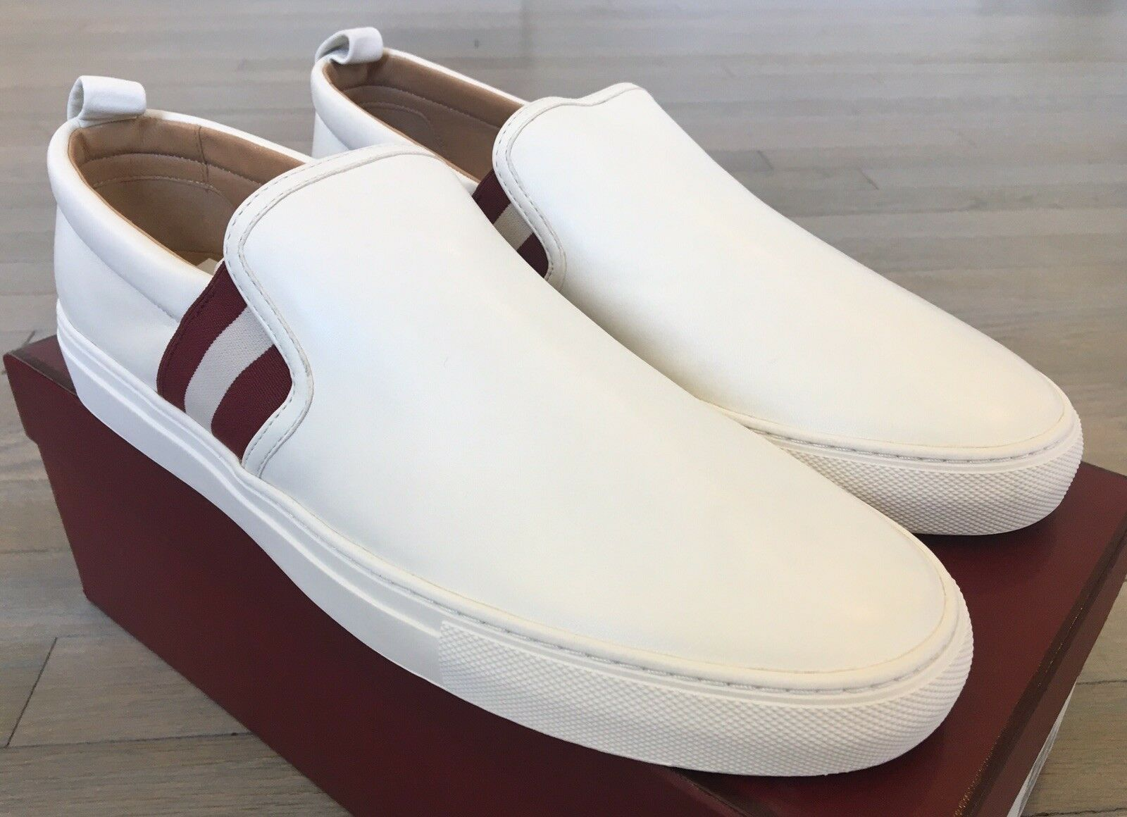 550  Bally Herald 67 White Leather Slip on shoes size US 12.5