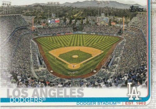 LOS ANGELES DODGERS  2019 TOPPS SERIES 1 TEAM SET