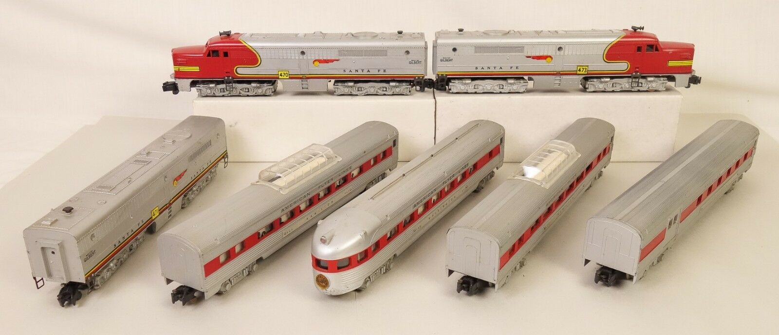 American Flyer 470-71-73 ABA Diesels & (4) Rojo Stripe Paso. Cars-Muy Bueno  Original