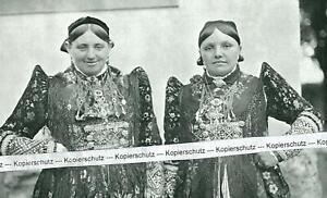 Ochsenfurt - Damen in Gautracht - Tanztracht - wohl um 1940 -     S 25-22