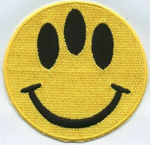 039-Evolution-039-3-034-Fully-Embroidered-3-Eyed-Smiley-Face-Iron-on-Patch
