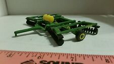 1/64 CUSTOM John deere 20 FOOT DISK with 150 gal tank ERTL FARM TOY free ship