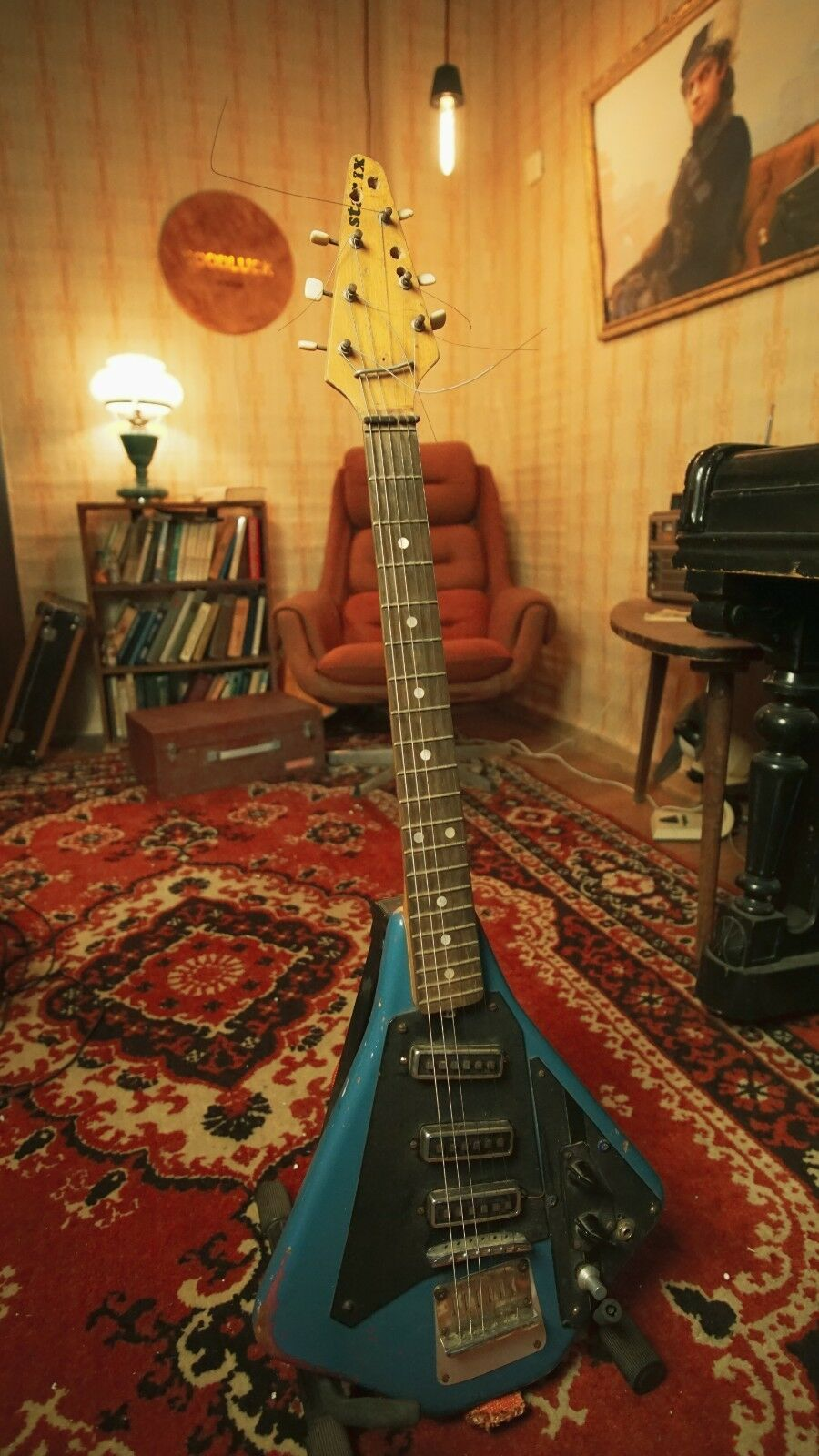 Jolana STAR IX 60s shortscale USSR Russian AXE Electric Guitar VINTAGE RARE