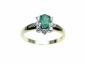 9ct-Gold-oval-green-Emerald-amp-Diamond-cluster-Ring-Size-N