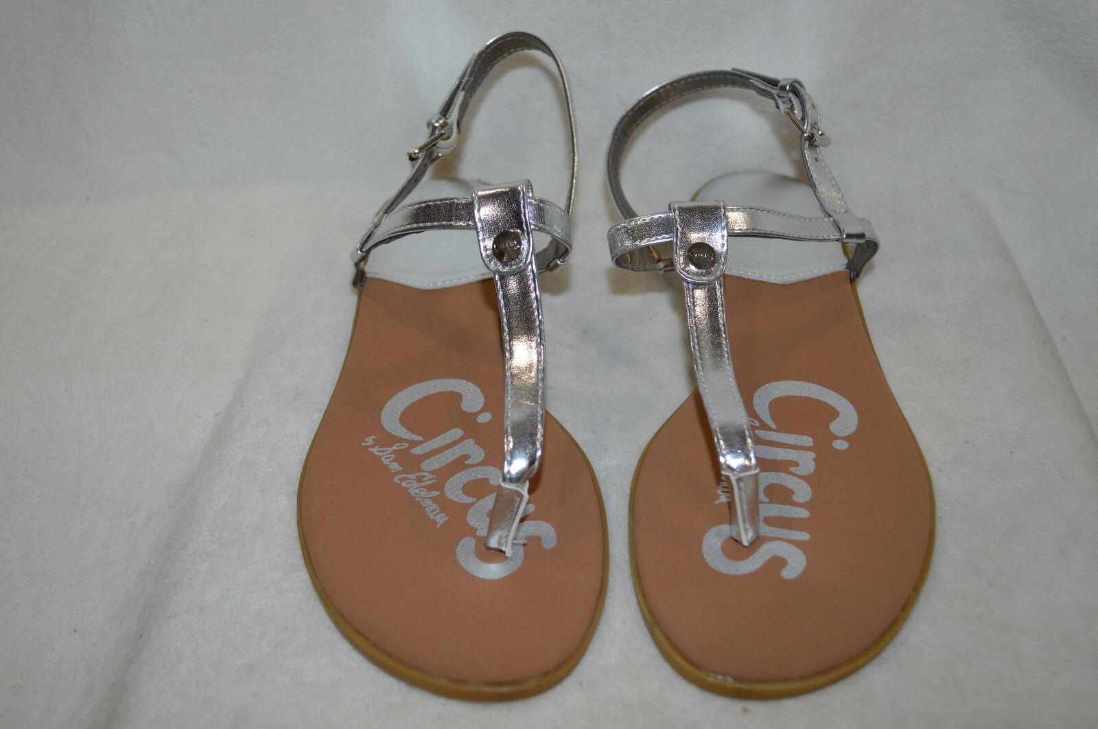 NIB Circus by Sam Edelman Cayden Girls Thong Sandals Silver MSRP$40