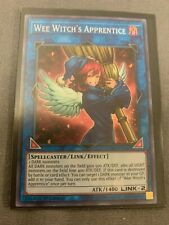 NM Yu-Gi-Oh Super Rare Wee Witch/'s Apprentice CYHO-EN049