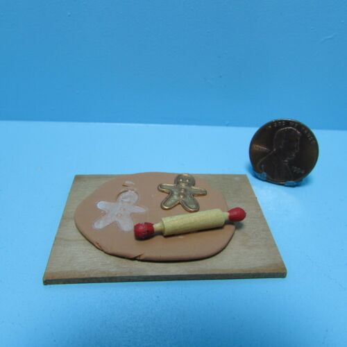 Dollhouse Miniature Making Christmas Gingerbread Man Cookies ~ SC723