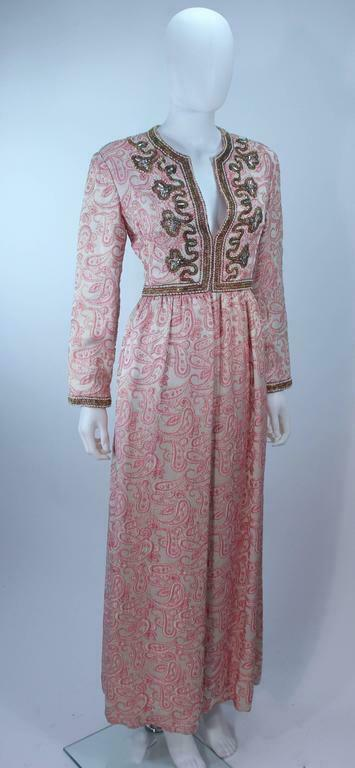 CEIL CHAPMAN 1960s Pink Paisley Brocade Gown with… - image 4