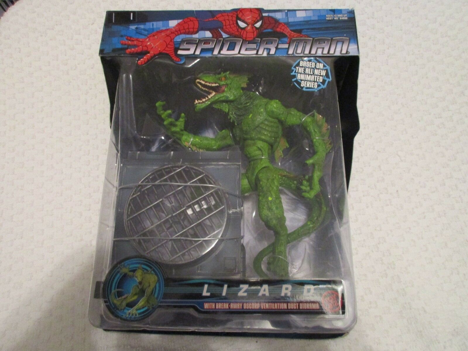 Toy Biz Spider-Man Lizard with Break-Away Oscorp Ventilation Duct Diorama 2003