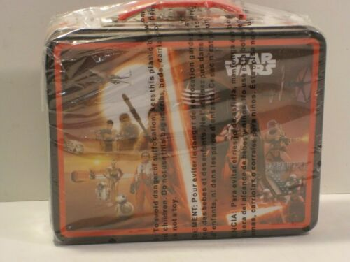 Details about  /D New Metal Star Wars Embossed Kid/'s Lunch Box Episode VII The Force Awakens