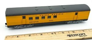 HO-Scale-Train-UNION-PACIFIC-5001-Mail-Railway-Postal-Office-Passenger-Car
