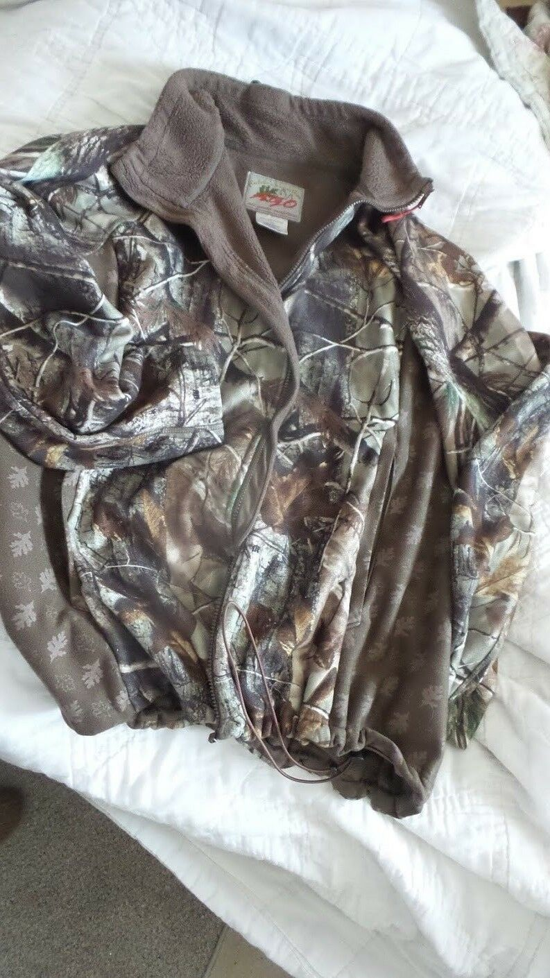 Cabelas's  Outfit Her AGO Camo Women's  2XL Fleece Interior Oak Leaf Print Panel  the best after-sale service