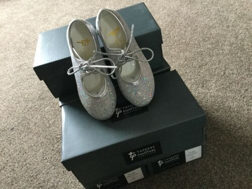 Silver Hologram Tap Shoes Tappers /& Pointers BNIB Childs Size 12