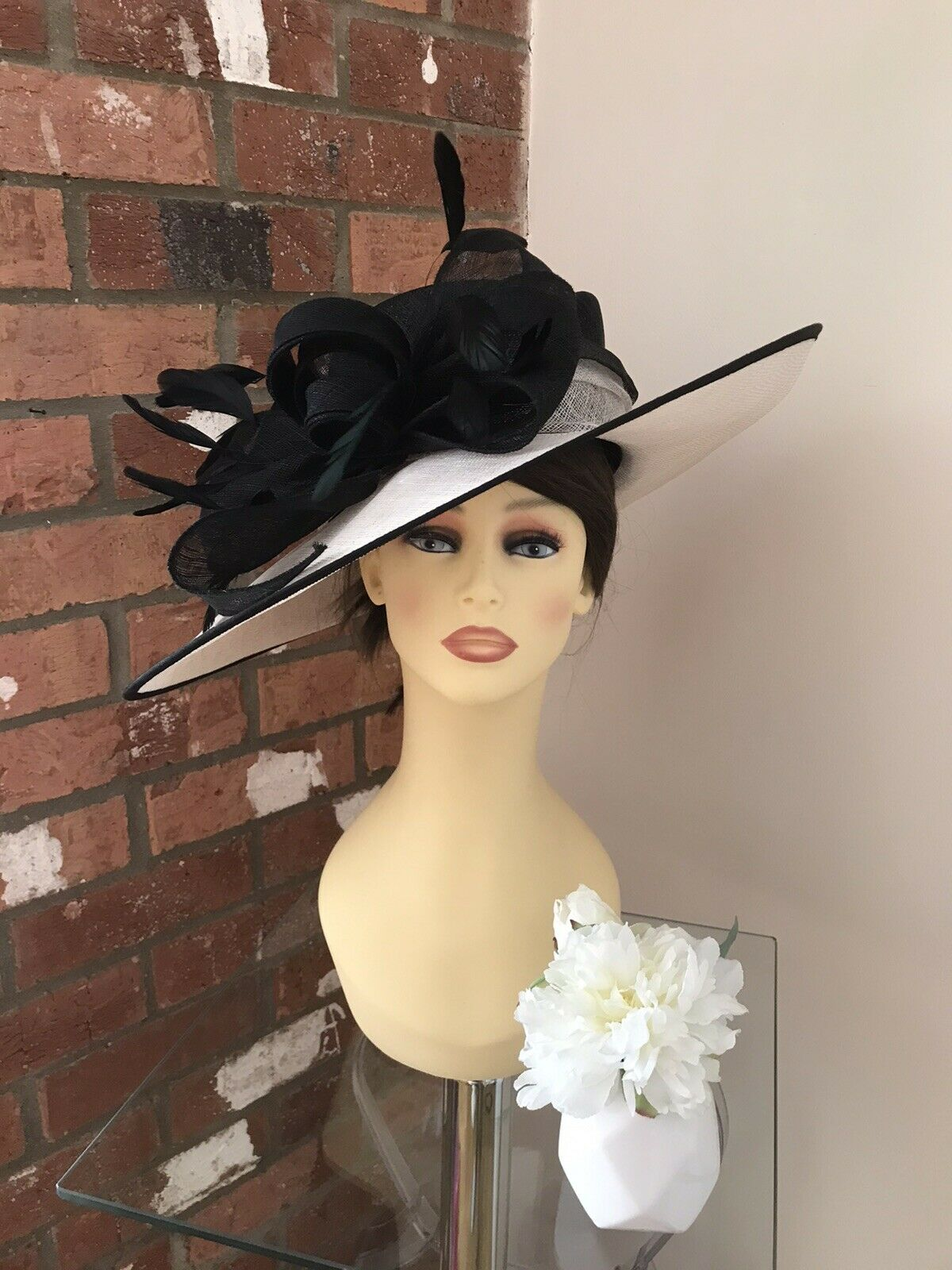 Snoxell & Gwyther Hat, Wedding Occasion,Formal Races Black/Ivory