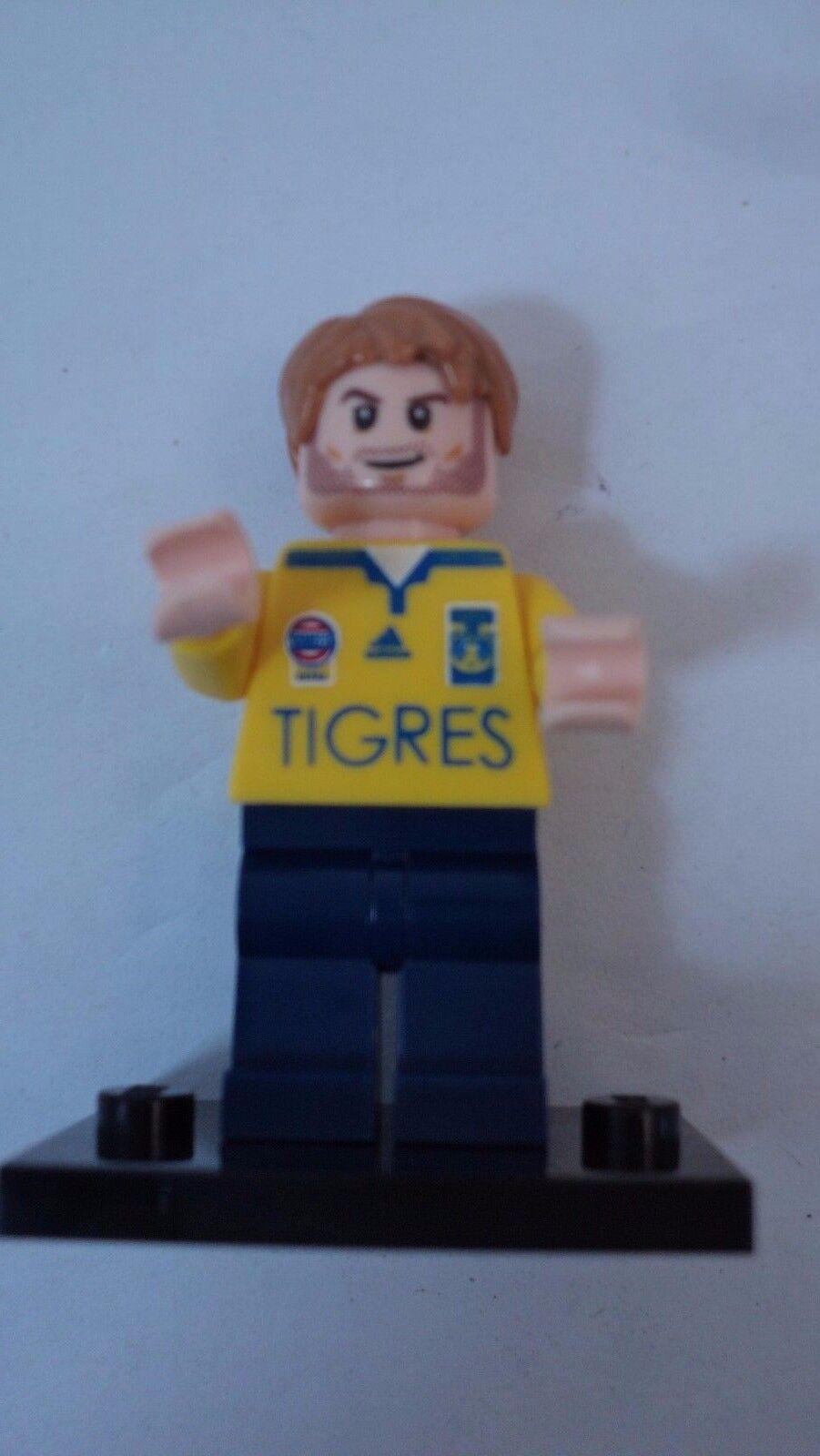 LEGO AUTHENTIC MINI FIGURES  GIGNAC PLAYER TIGRES UANL