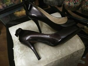 Enzo Angiolini Plum Patent Leather Pumps With Bow Size 8M