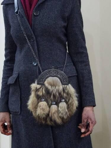 New Scottish Fox Fur Sporran With 3 Tassels /& Belt /& Chain 100/% Leather