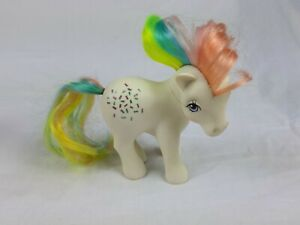 My-Little-Pony-G1-Campane-a-nozze-confetti-vintage-1983-HONG-KONG-RARI-timido-postura