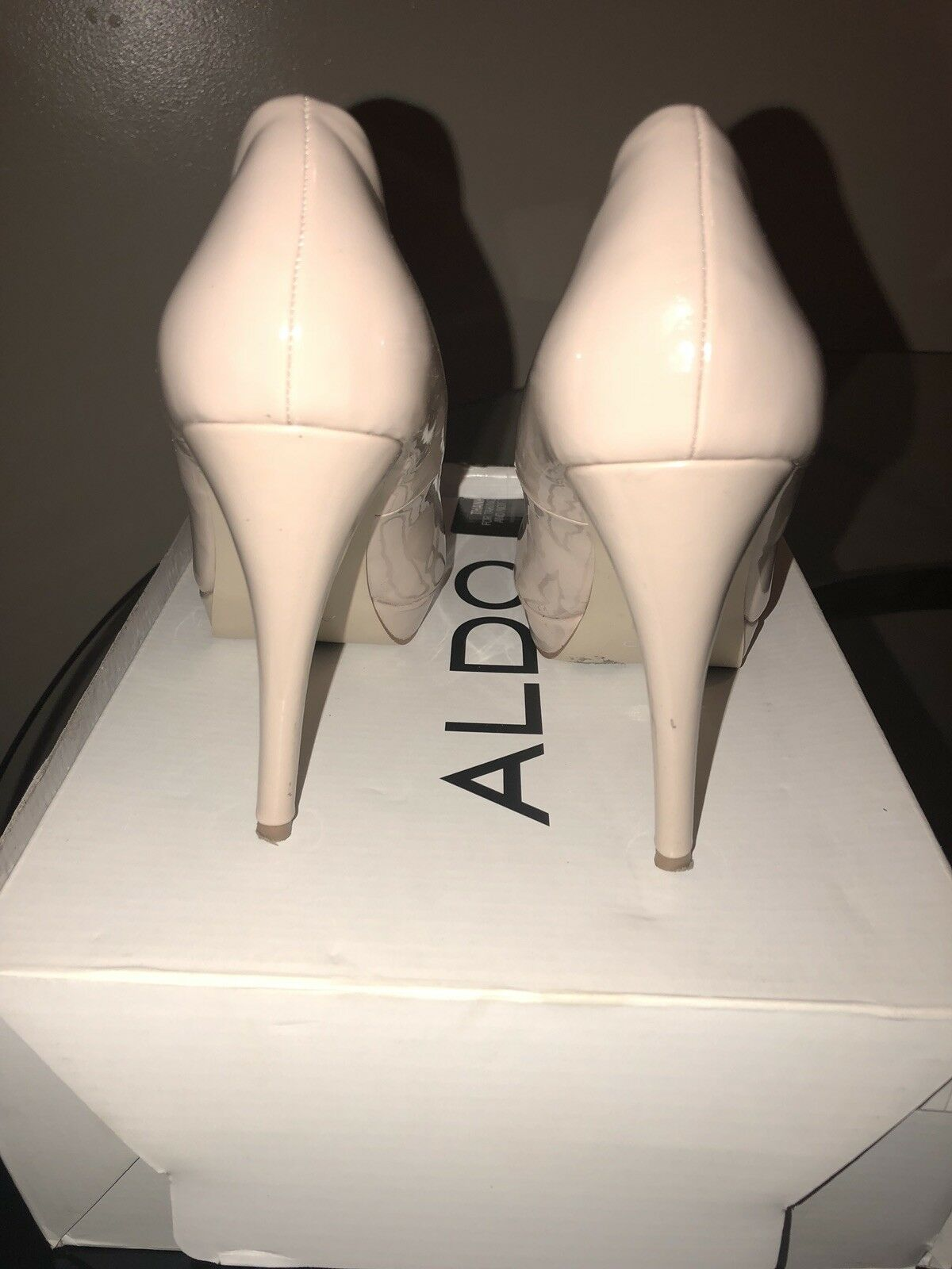 Pre Owned Patent Nude Patent Owned Leather Heels 8be2ef