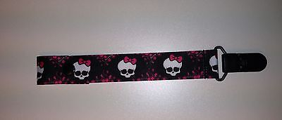 SUPER CUTE NY YANKEES PACIFIER HOLDER CLIP SNAP OR STRING