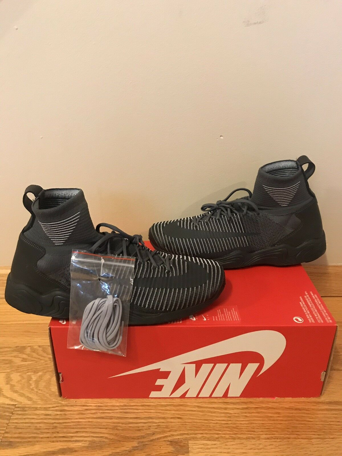 New Nike Men's Zoom Mercurial XI FK  200 Dark Grey Trainer Size 10.5 NIB Flyknit