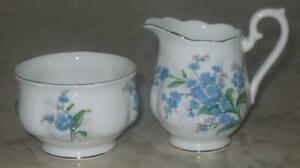 Vintage-Royal-Albert-Forget-me-not-Creamer-amp-Sugar-Bowl-Cream-Bone-China-England