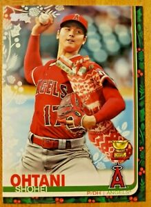 2019-Topps-Holiday-SP-Stocking-Variation-Rookie-Gold-Cup-Shohei-Ohtani-HW-16