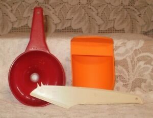 Tupperware Kitchen Helpers Set Funnel Scoop And Cheese Slicer 1734 Ebay