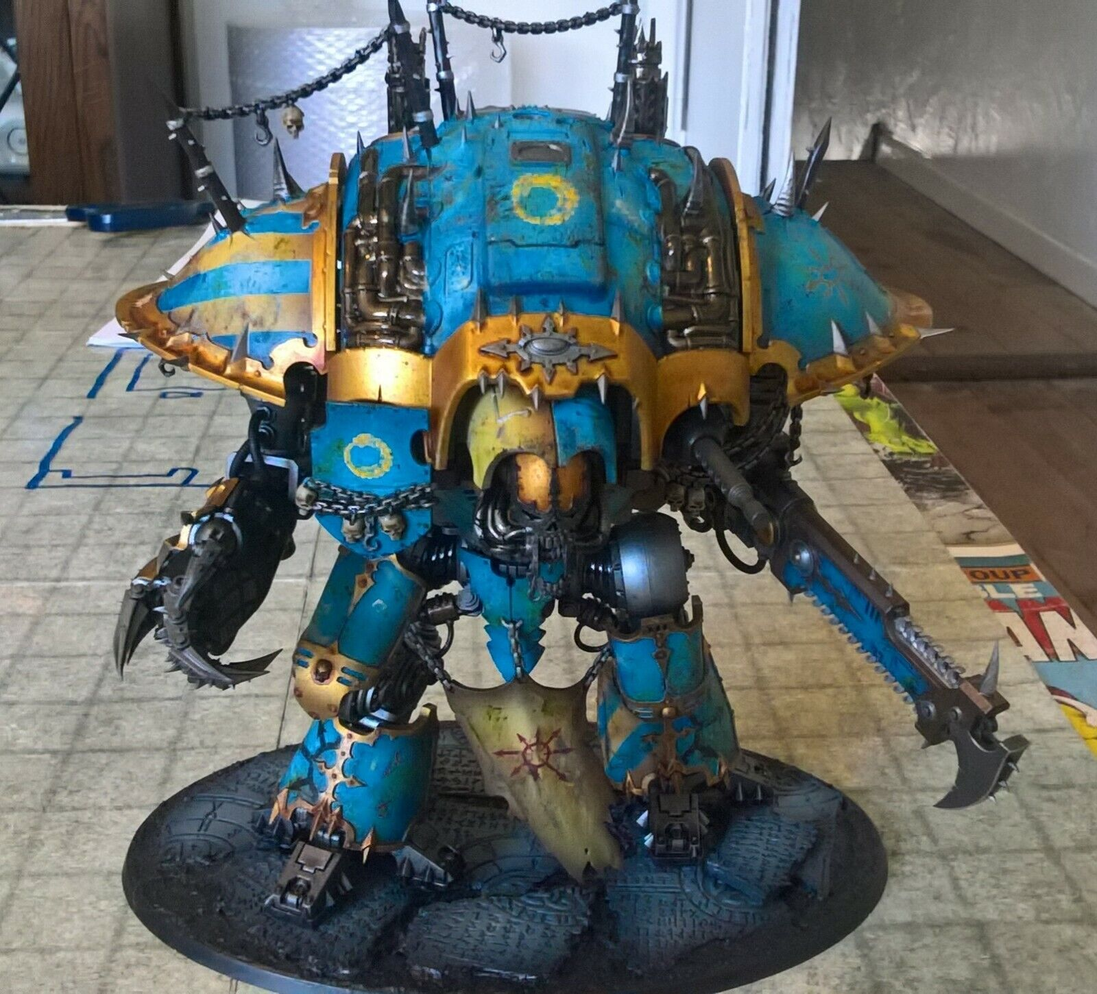 WARHAMMER 40k CHAOS KNIGHT desecrator Rampager  PRO PAINTED commissione  si affrettò a vedere