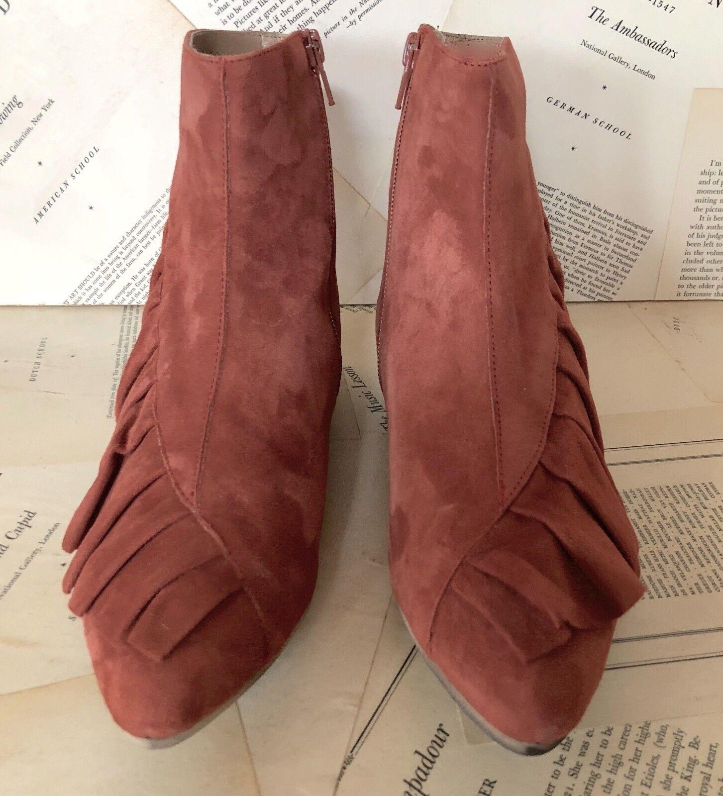 NIB Anthropologie rust Suede Ruffled Side  Zipper Ankle Stiefel 38  Side  7.5 19063d