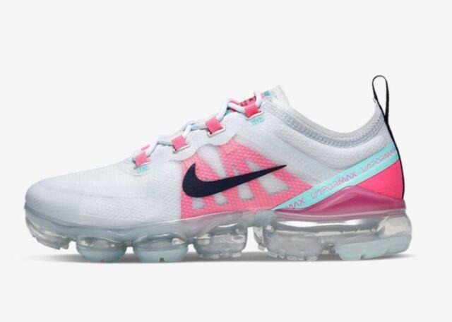 grey and pink vapormax