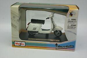 Maisto-1-18-Scooter-Vespa-PK-125-Automatica-1984