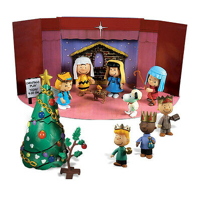 DELUXE 13 Piece Charlie Brown Christmas Pageant Nativity Mini Figures Set NEW